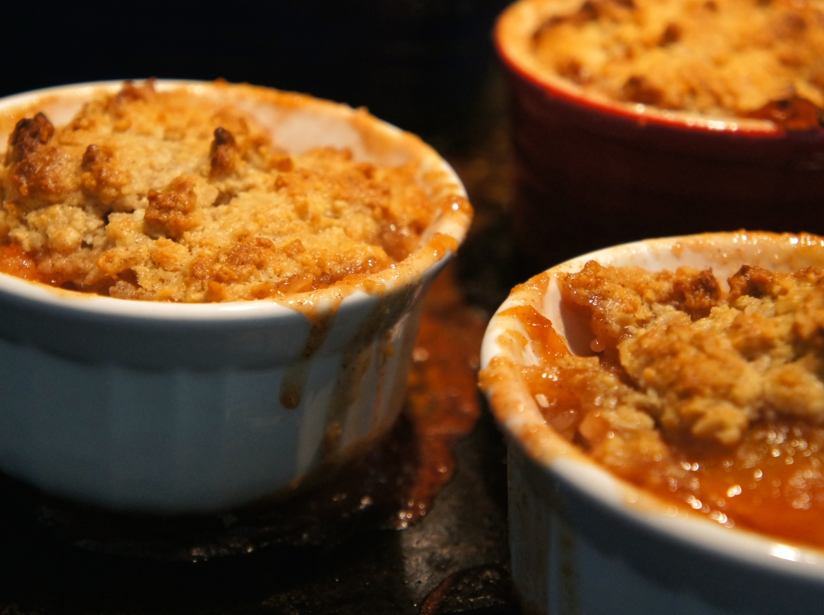 Vegan Peach Cobbler